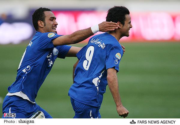 گزارش تصویری  بازی استقلال  و سایپا در لیگ برتر آرش برهانی و سیاوش اکبرپور